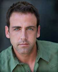 Carlos Ponce in a Green Shirt